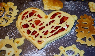 Heart crepes