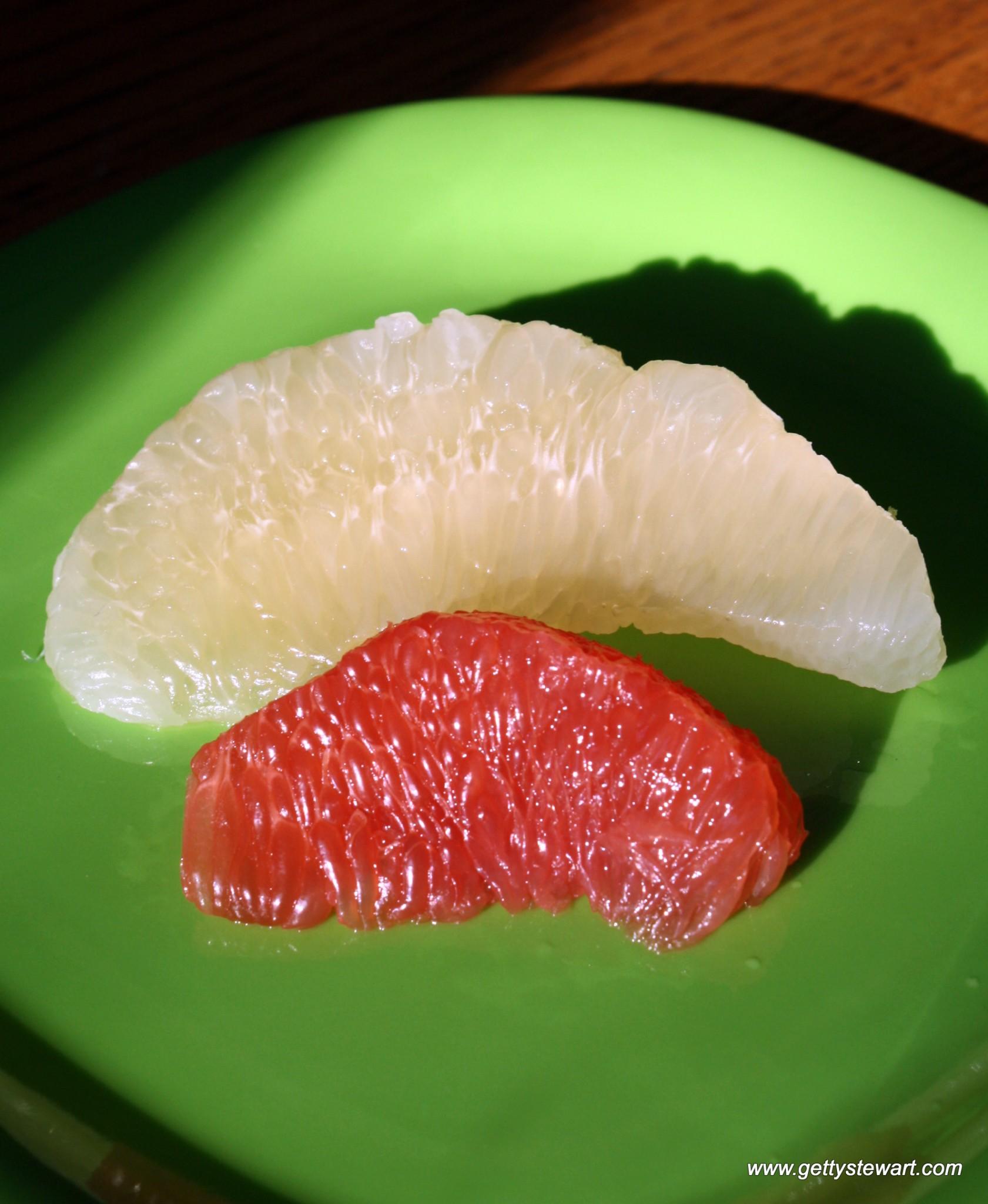 b5840611457 Pomelo vs grapefruit segment