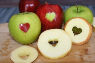 Healthy Apple Snacks with hearts