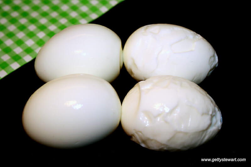 How to Make Easy Peel Hard Boiled Eggs