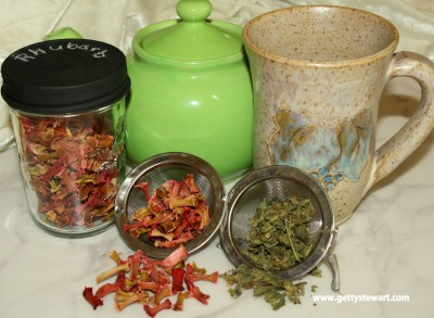 rhubarb and lime balm tea