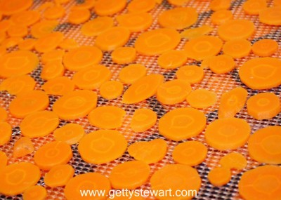 dehydrating carrots