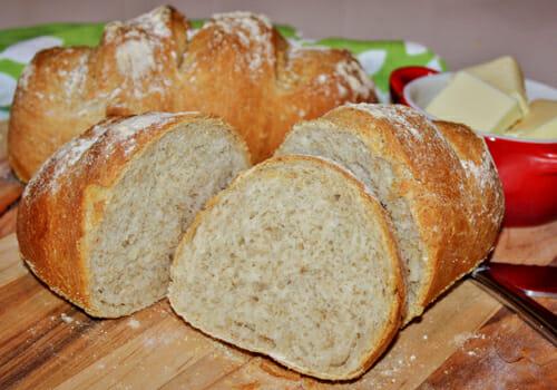 no knead bread slices