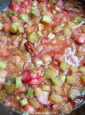 yummy stewed rhubarb