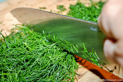 chop dill to freeze dill