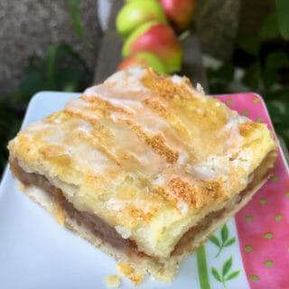 Apple Pie Bars – Easier than Pie!