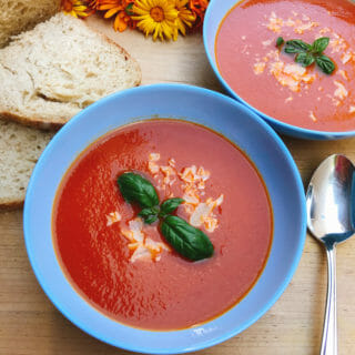 roasted tomato soup in bowl sq